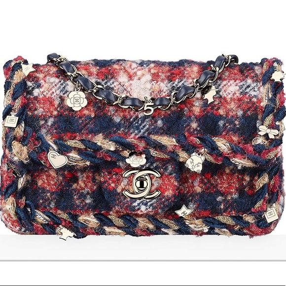 274436943475 CHANEL Bags | Tweed Crossbody | Poshmark